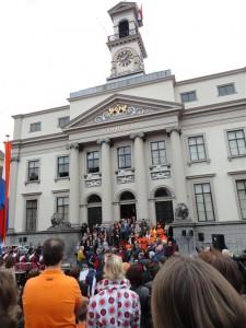 Die Ansprache des Bürgermeisters am Morgen.