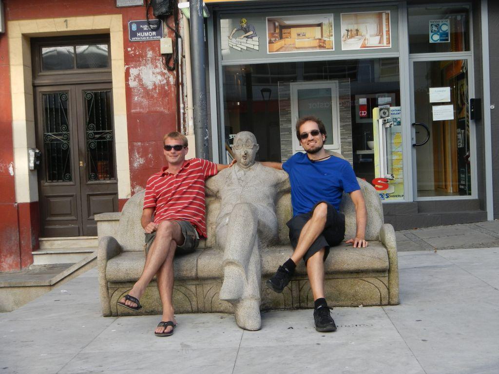 Auch Jan und Nils dürfen auch die Bank sitzen