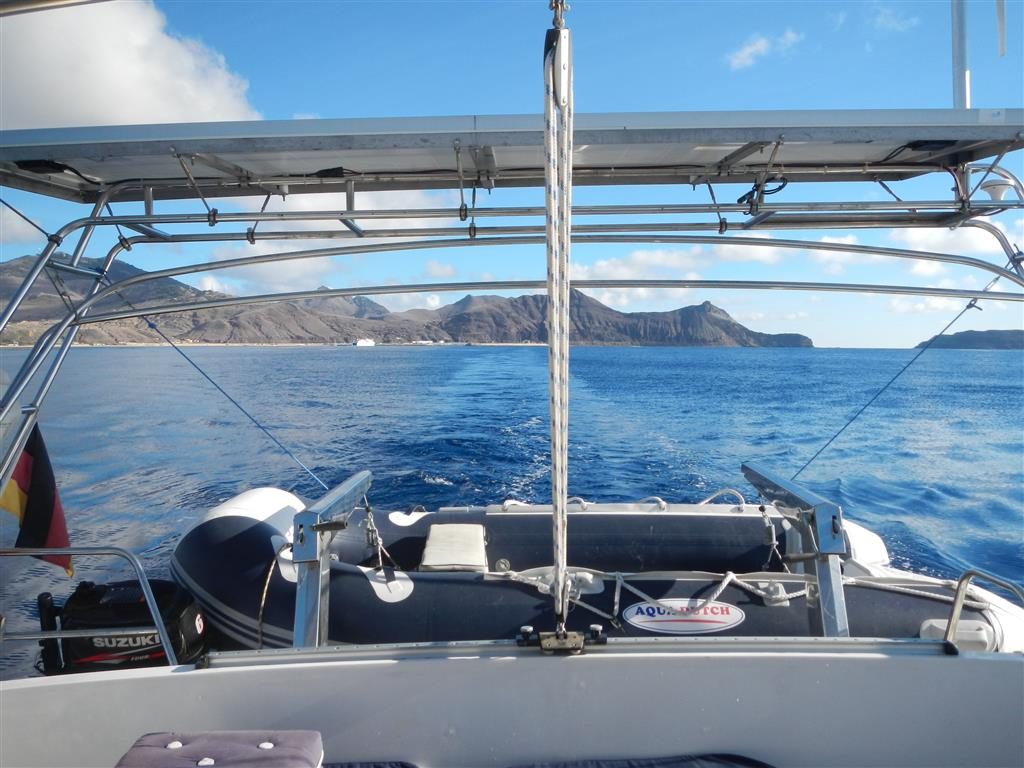 Schnurgerade Fahrt von Porto Santo nach Madeira.