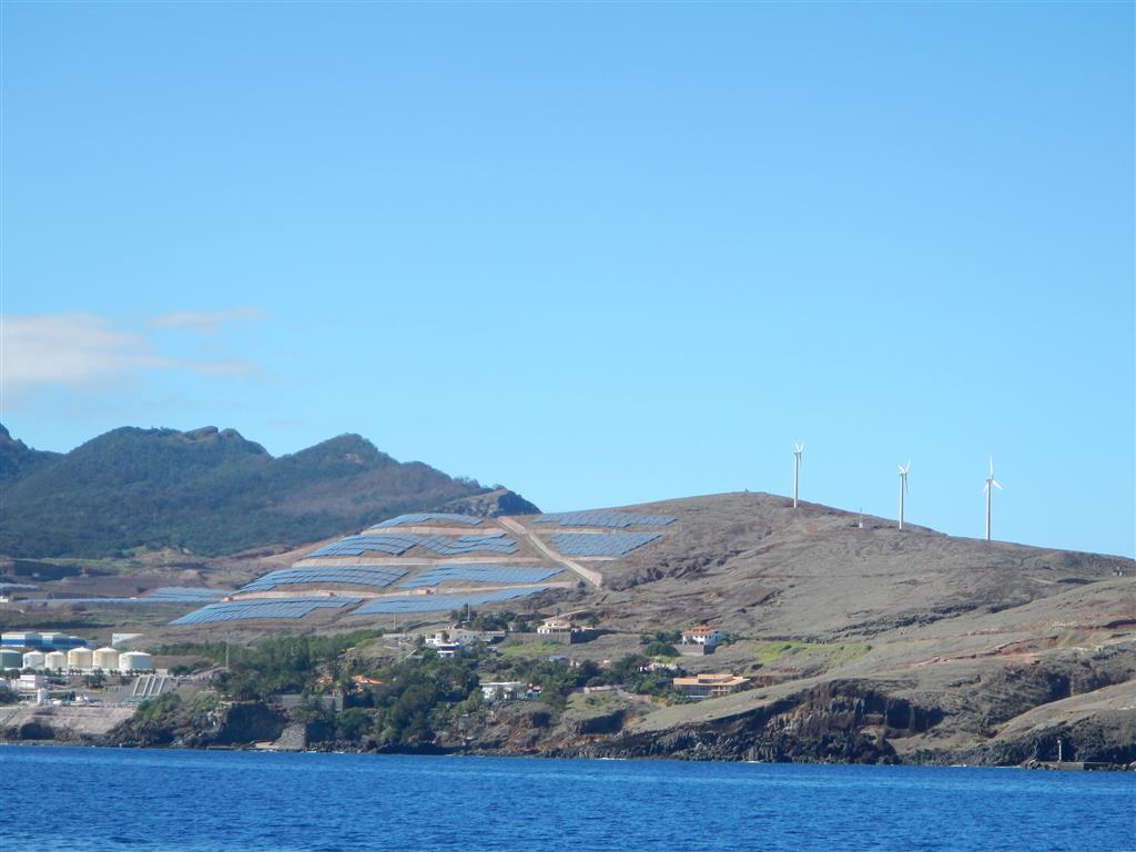 Solarpark in der Nähe unserer Marina.