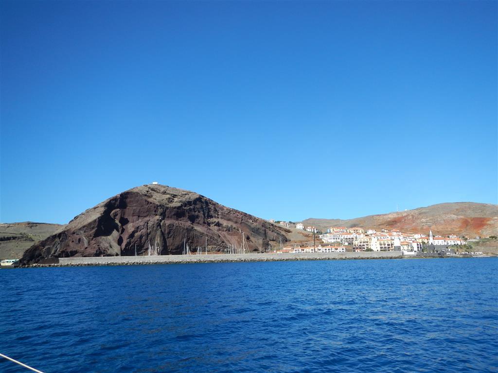 Unsere Marina, Quinta do Lorde, direkt an einem Berg.