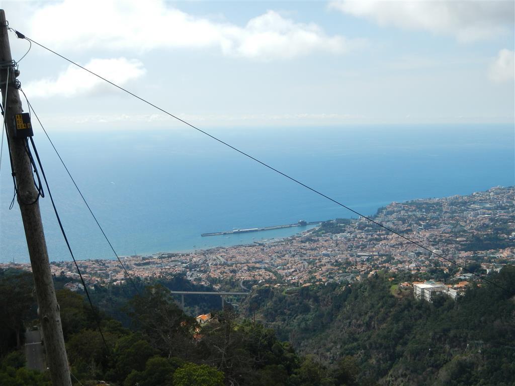 Blick auf den Hafen von Funchal.