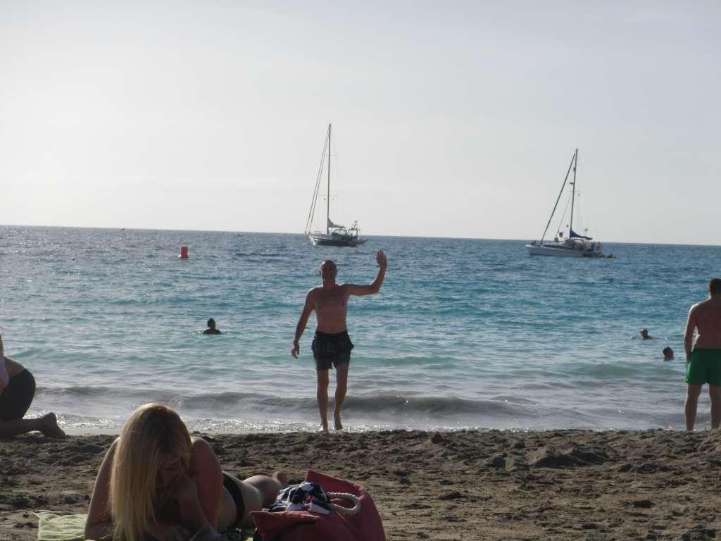 Am Strand von Los Cristianos.