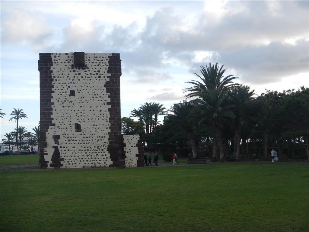 """""""Torre del Conde"""""""