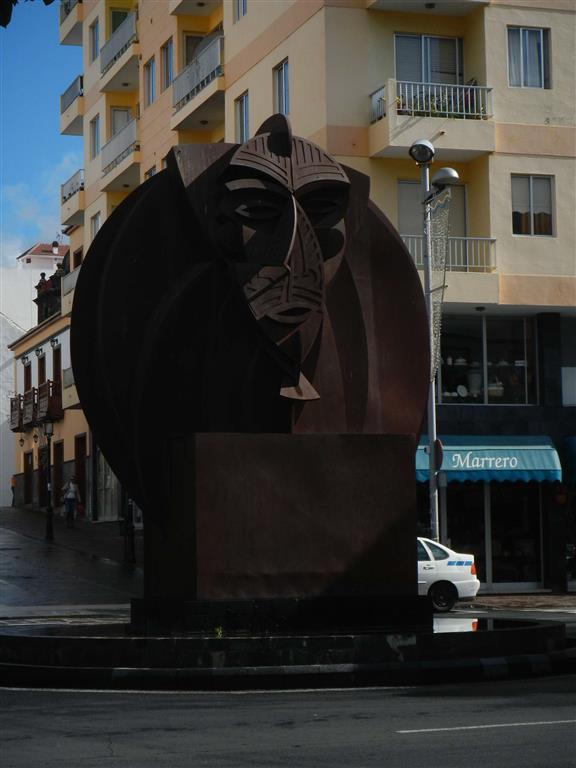 Skulptur in Los Llanos.