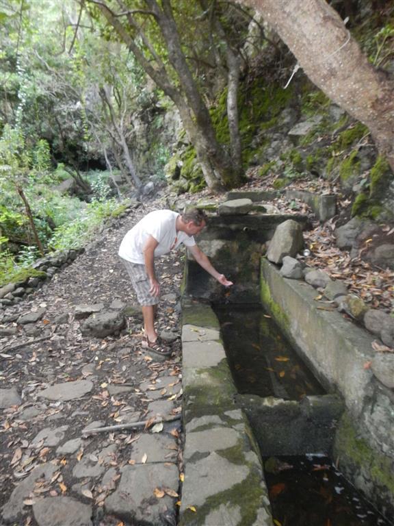 Unsere Wanderung führte an mehreren Quellen vorbei.