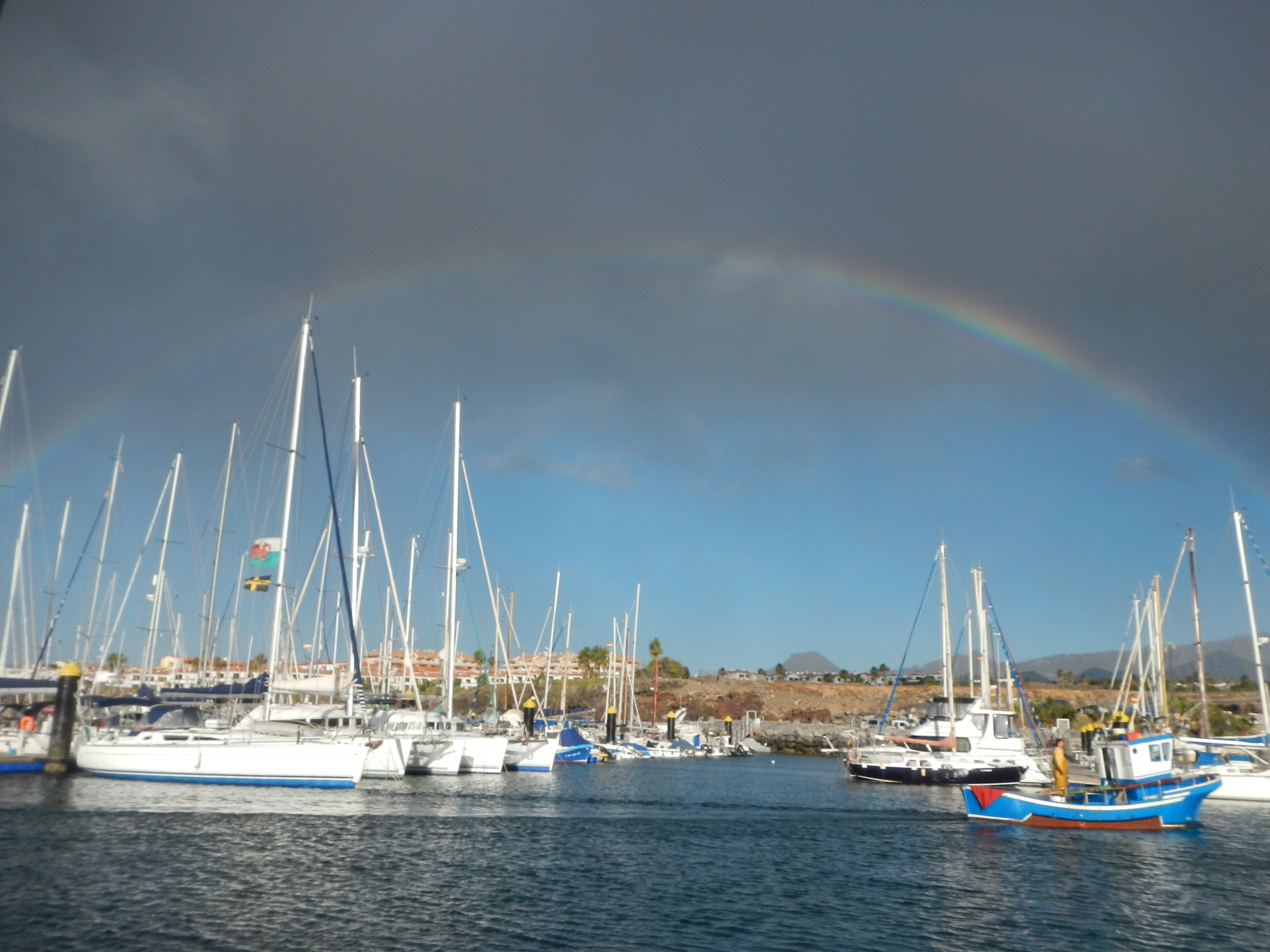 Regenbogen über San Miguel.