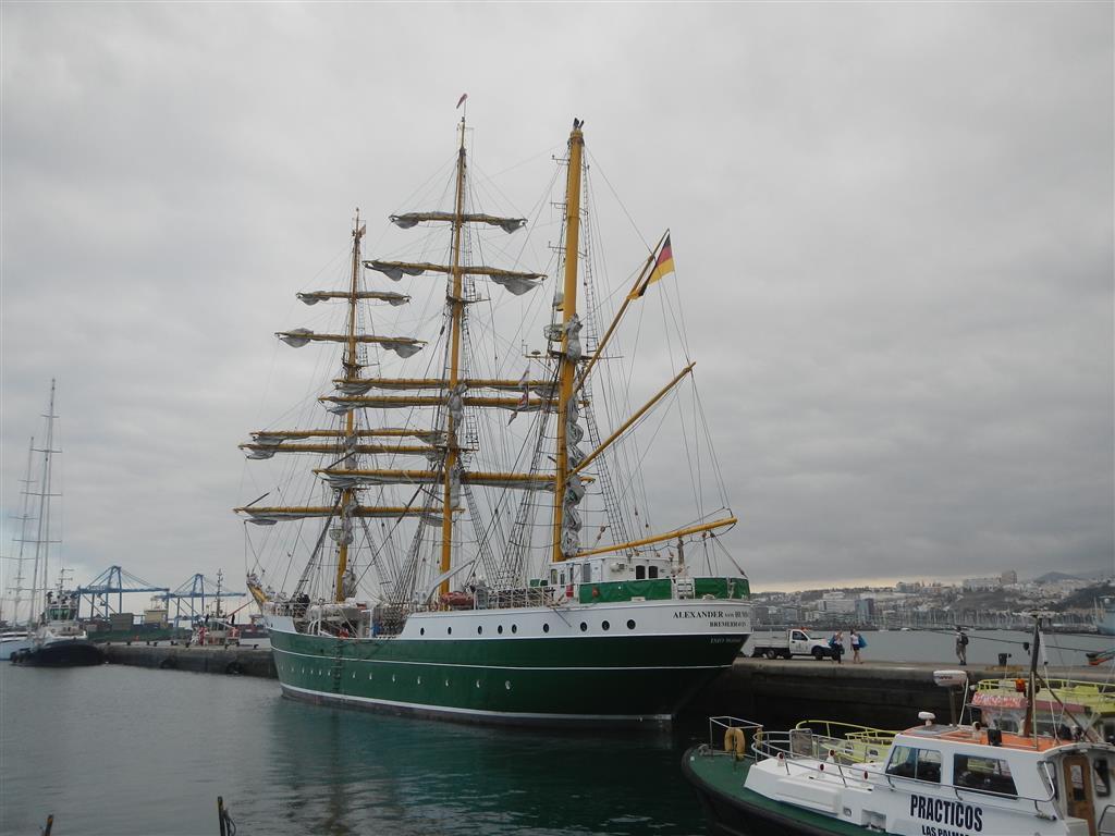 Die Alexander von Humboldt ist gerade in Las Palmas.