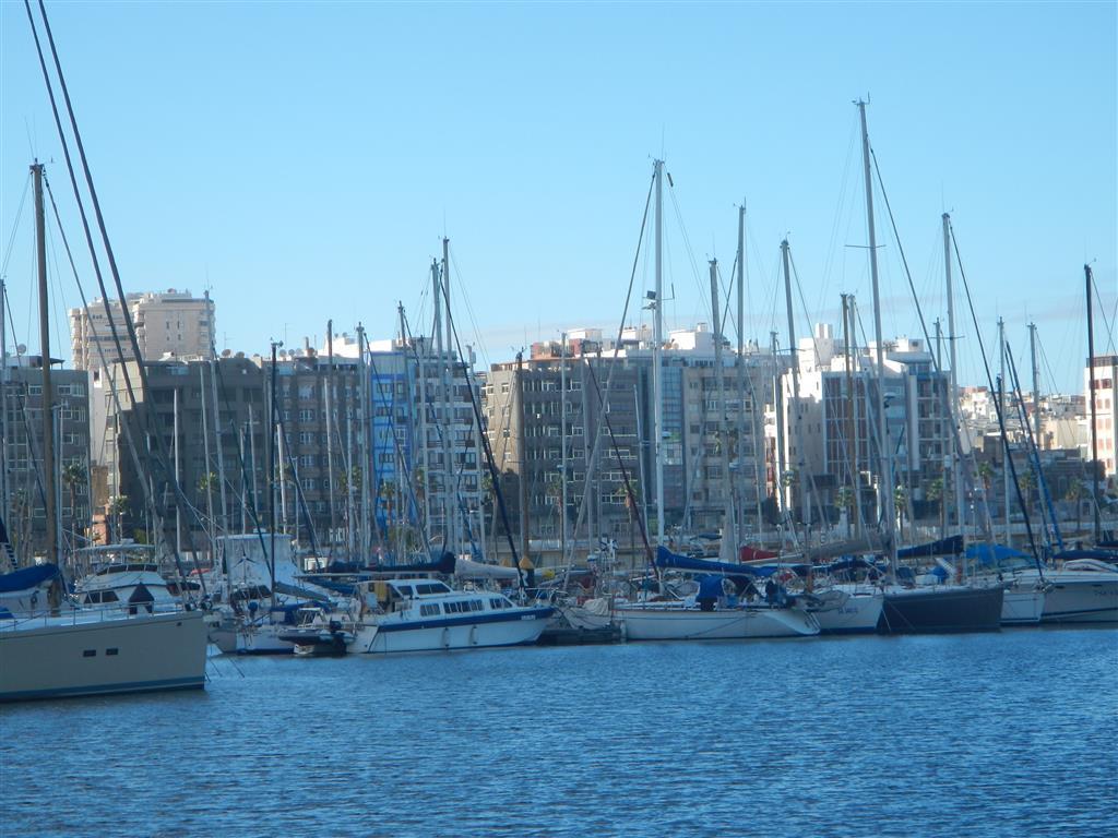 Hier liegt unser Felix im Hafen von Las Palmas