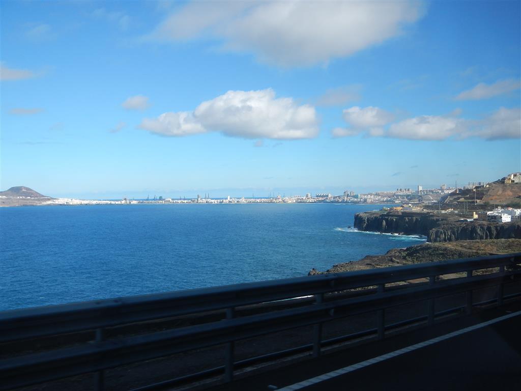 Auf dem Weg zurück von Puerto de las Nieves mit Blick auf Las Palmas.