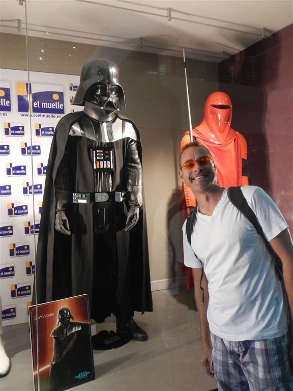 Möge die Macht mit uns sein! (In einem Einkaufszentrum findet zur Zeit eine Star-Wars-Ausstellung statt)