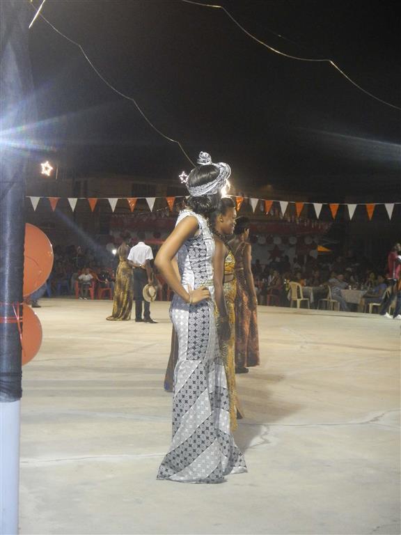 Afrikanische Modenschau beim Stadtfest