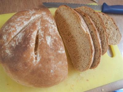 unser selbstgebackenes Brot wird immer besser