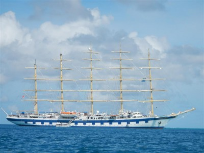 Royal Clipper in den Tobago Cays