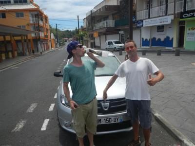 Mit dem Mietwagen erkunden wir Guadeloupe