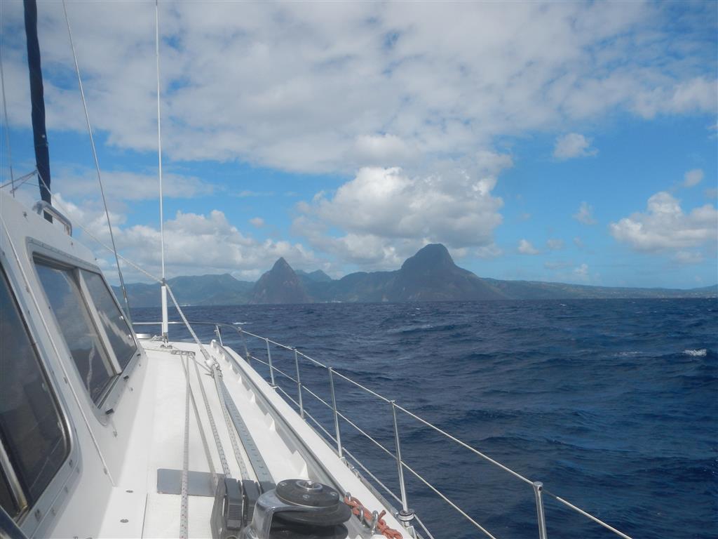 St. Lucias Pitons begrüßen uns