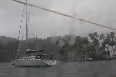 Regen in der Marigot Bay