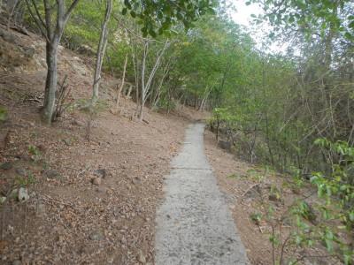 Weg zum Fort auf Ilet a Cabrits