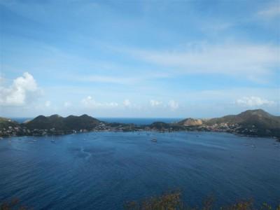Blick vom Fort über die Iles des Saintes