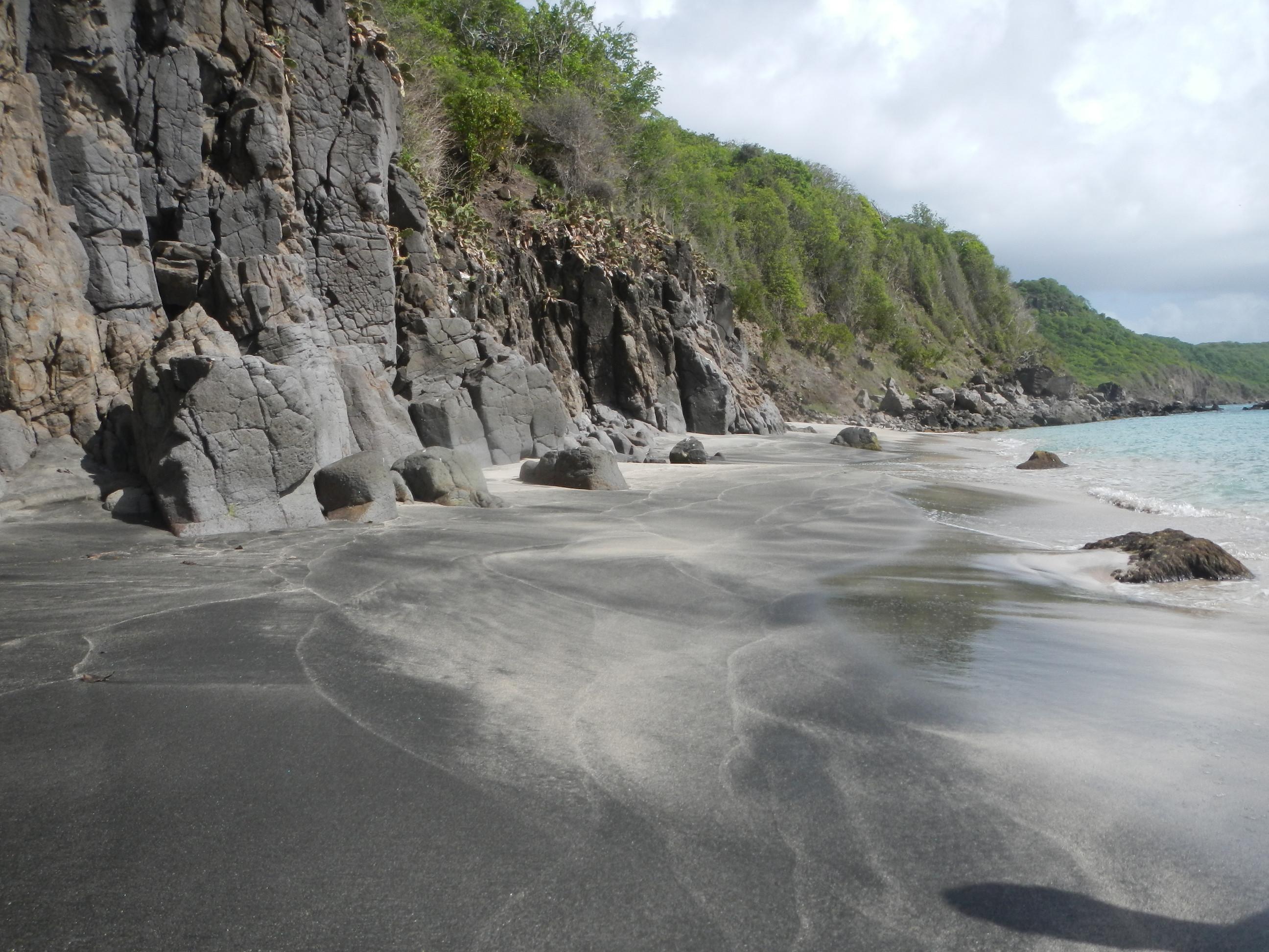 Am Strand von Ronde Island.