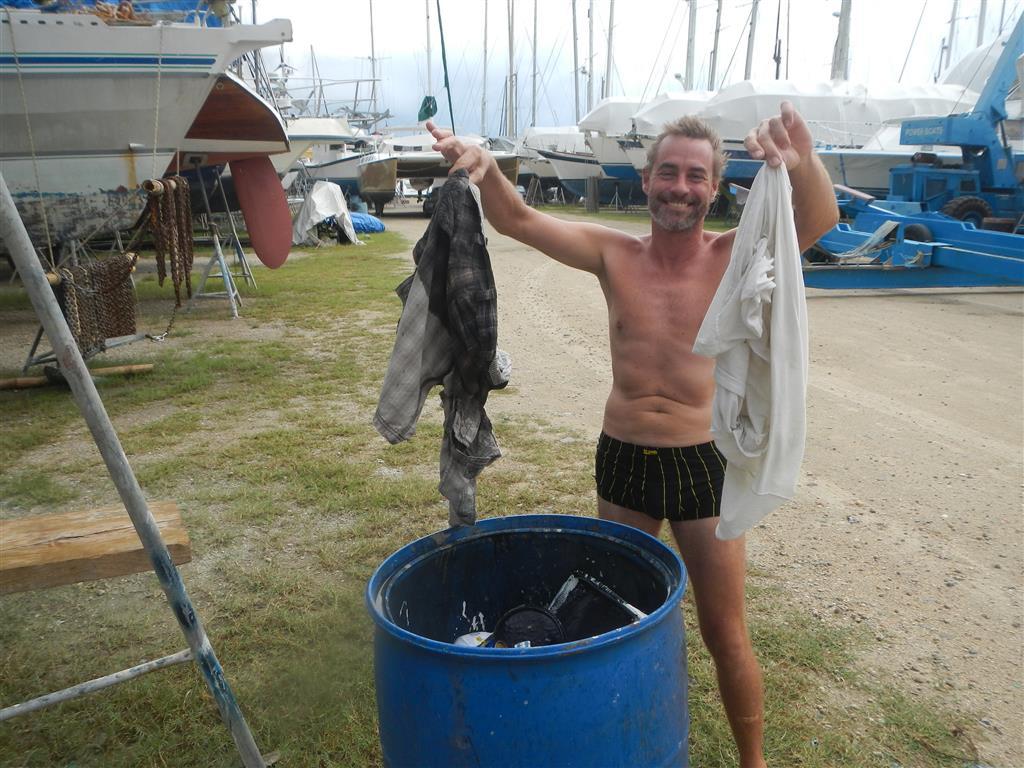 Diese Hose landet nun endgültig im Müll!!