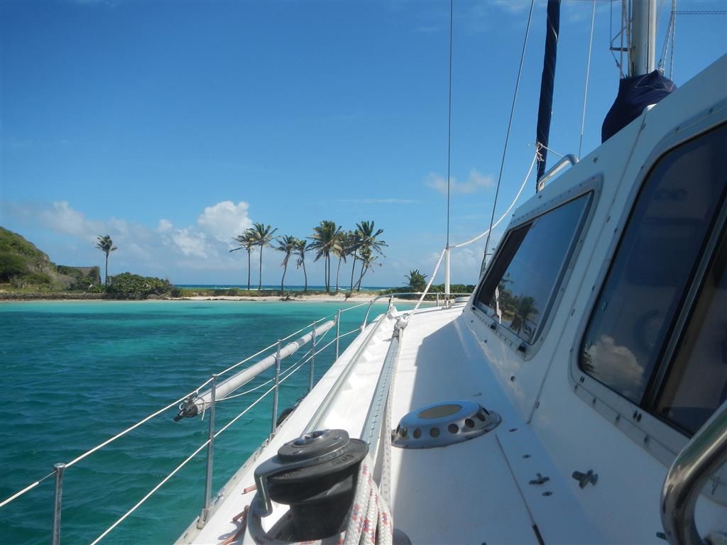 Wir ankern in einer der schönsten Buchten der südlichen Karibik - Salt Whistle Bay, Mayreau.