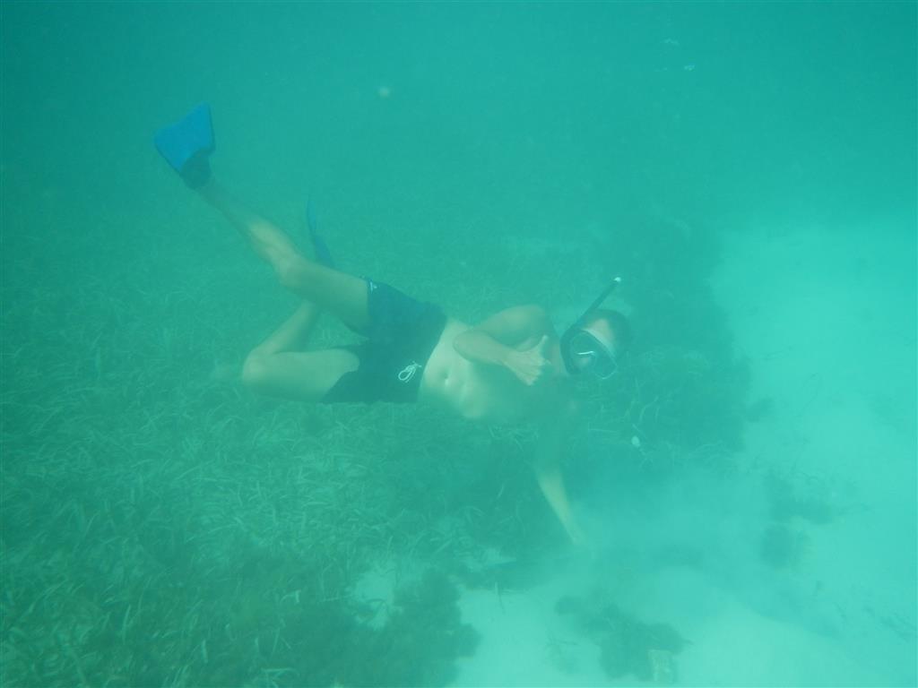 Der Anker ist auf 2m Wassertiefe gut eingegraben.