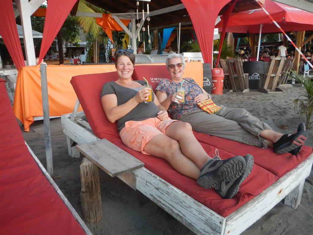 Sundowner am Strand von Le Carbet