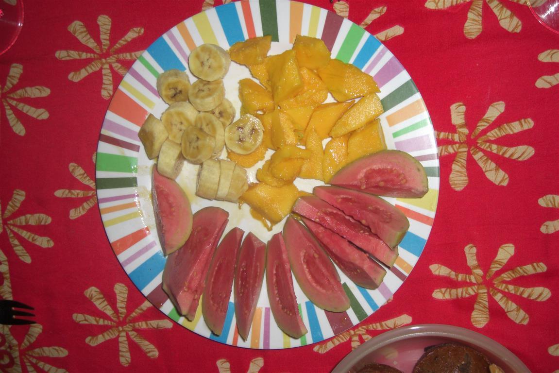 Zum Frühstück gibt es immer einen Obstteller