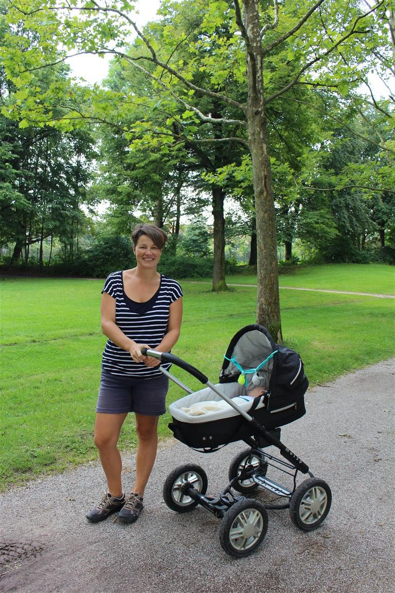 Spaziergang mit dem Kinderwagen, eine ganz neue Erfahrung!